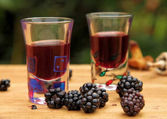 Интересы вашего мужчины - Страница 2 Ezhevichnoe-vino-1-e1534752237573